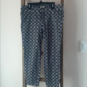 OLD NAVY B&W ankle length pants